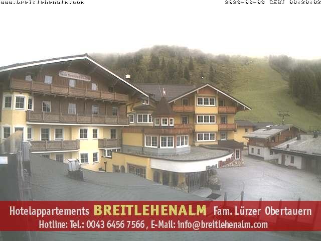 https://obertauern.breitlehenalm.com/obertauern-webcam.jpg